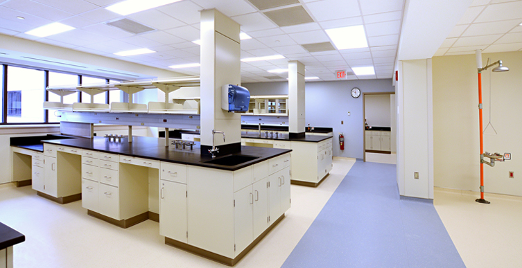 AMC_CRF_NIH_Labs_1.jpg
